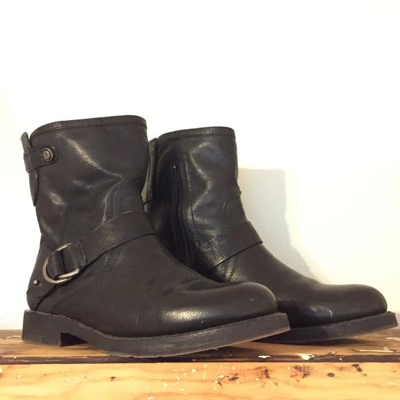 Women s OluKai Nahuku Leather Boots. M 5aca2be68290afc9b8403aa4 840178f33